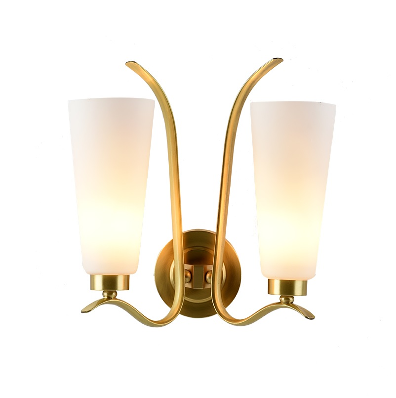 New York Design 35cm Brass Wall Lamp with Glass Shade
