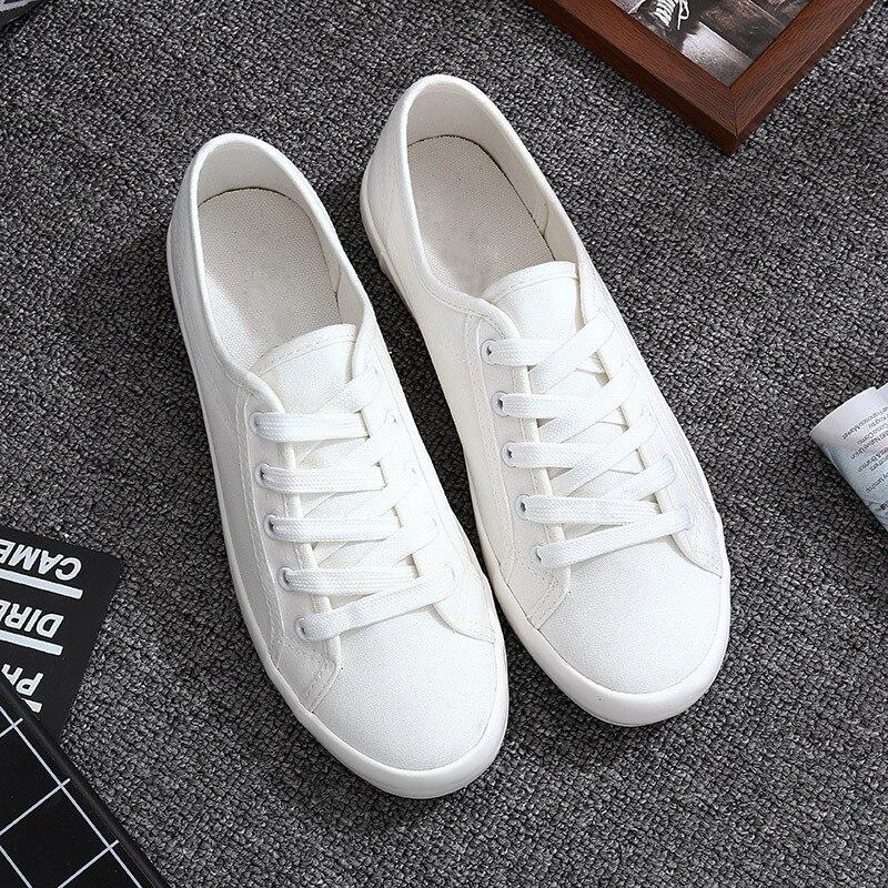 Classique Blanc Sneakers Femmes Casual Chaussures de Toile des Femmes D'été Dentelle-Up Plat Formateurs De Mode zapatillas mujer Vulcaniser Chaussures