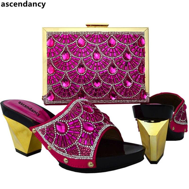Parti En bleu jaune De Mis Champagne Couleur Mariage Nigérian Femmes Royal Strass Chaussures Ensembles Et Orange Nouvelle Sac Talons Arrivée champagne fuchsia Assorties SMqzVpU