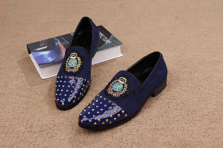 Mens Loafers Flats Shoes Casual Slip on Stud Genuine leather Fashion Wedding Shoes Embroidery Dragon Men Shoes Plus Size 38-46 genuine leather men casual shoes plus size comfortable flats shoes fashion walking men shoes