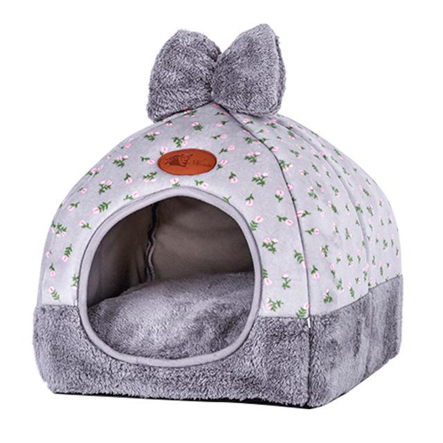 Warm Bow Designed Dog's House