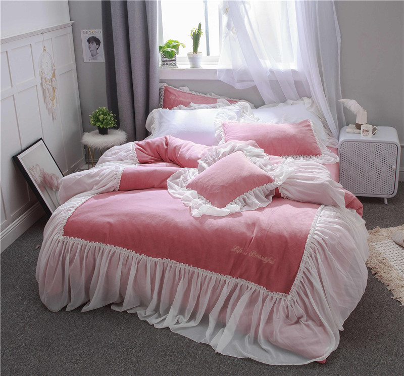 2018 Bedding Set winter thick Fleece fabric  king queen size Linens Duvet Covers Pillowcases princess Bed Covers2018 Bedding Set winter thick Fleece fabric  king queen size Linens Duvet Covers Pillowcases princess Bed Covers