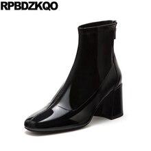 Слипоны черные женские ботинки зима осень 2017 г. Обувь Мех животных Водонепроницаемый Британский массивном квадратный носок Лакированная кожа на высоком каблуке ботильоны