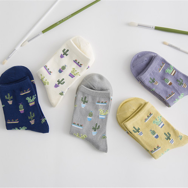 Moonbiffy 1Pair Fashion Women Plant Cactus Pattern Cacti Socks Plant Ball Cactus Harajuku Comfortable Lovely Girl Cotton scok
