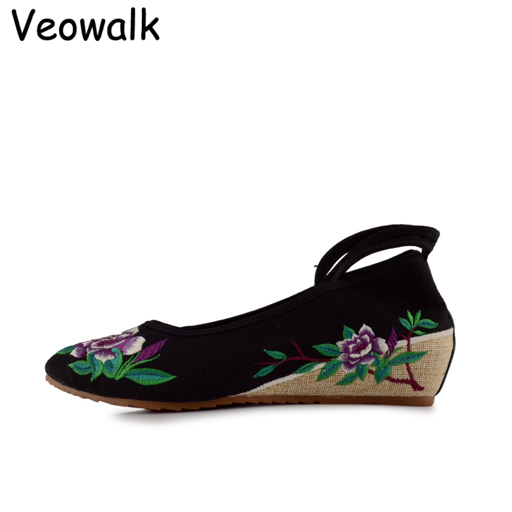 Veowalk sapato feminino Fashion Women Shoes,Lady Old Beijing Mary Jane Casual Flats,Chinese Flower Embroidered Cloth Shoes Woman autumn new women flats vintage chinese old beijing shoes tourism embroidered floral single soft lace up shoes woman