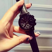 New Fashion Simple Style Famous Luxury brand quartz watch Women casual Leather watches hot Clock Reloj mujeres montre femme