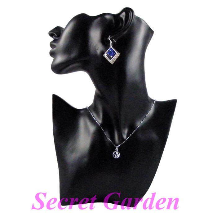Wholesale High Quality Black Resin Necklace Earring Jewellery Set Display Stand Holder Bust