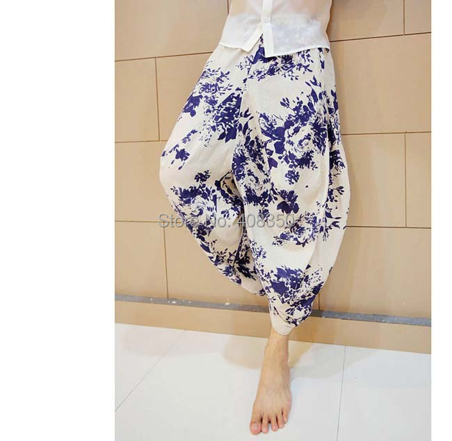 Blue-and-white Low Dropped Crotch Linen Harem Pant Mens Original Design Fashion Flower Loose Casual Summer Brand Beach Trousers 2015 HOT NEW (1).jpg