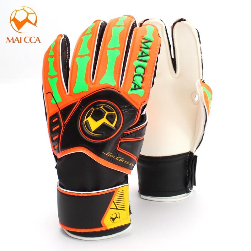 2017 New Brand Kids Goalie Gloves Size 5 6 Kids Soccer Goalkeeper Gloves for Kids Football Latex Goalie Gloves Children
