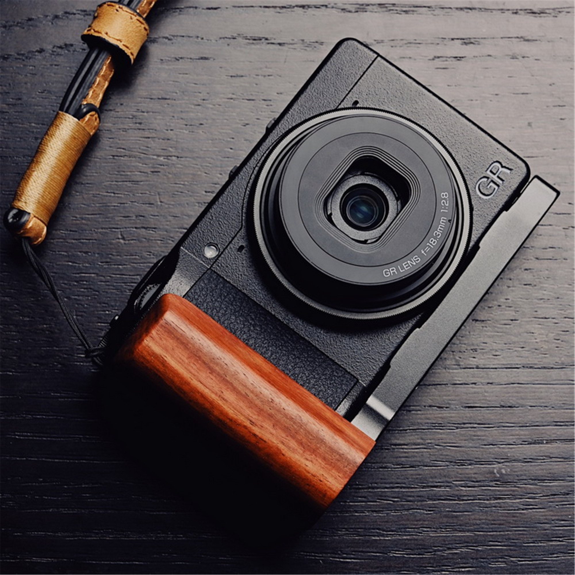 Wooden Wood Hand Grip with Alum Base Plate Bracket For Ricoh GR3 GRIII