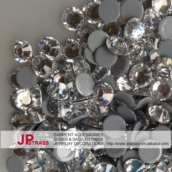 high quality Free shipping ss16 4mm CRYSTAL with 1440 pcs/pack;hot fix rhinestone garment