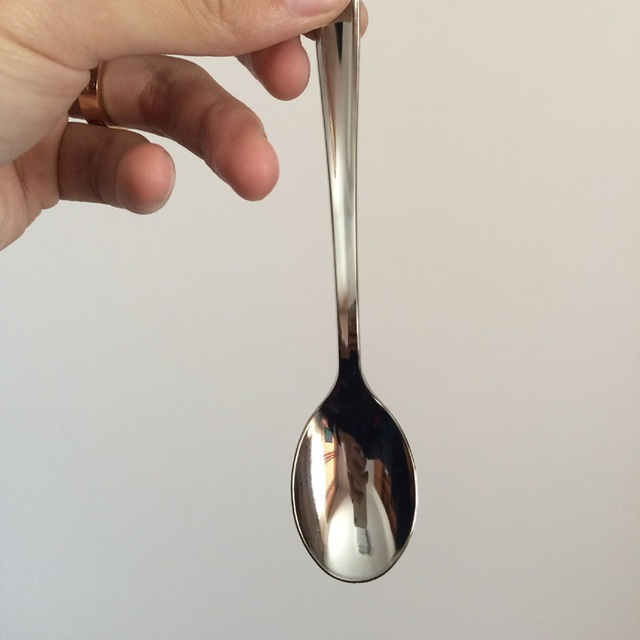 100pcs Electroplating Silver Plastic Spoon Disposable Party Dinnerware Western Dessert Cake Ice Cream Yogurt Spoon ZA3762 : silver plastic tableware - pezcame.com