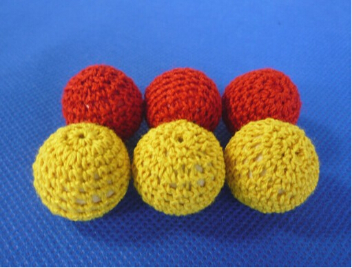 2pcs Crochet Ball (Red/yellow Available, Dia 2.1cm) Magic Tricks Accessory For Cup & Balls /Chop Cup Classic Toys