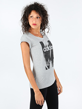 Essentials season-T-shirt gray with design