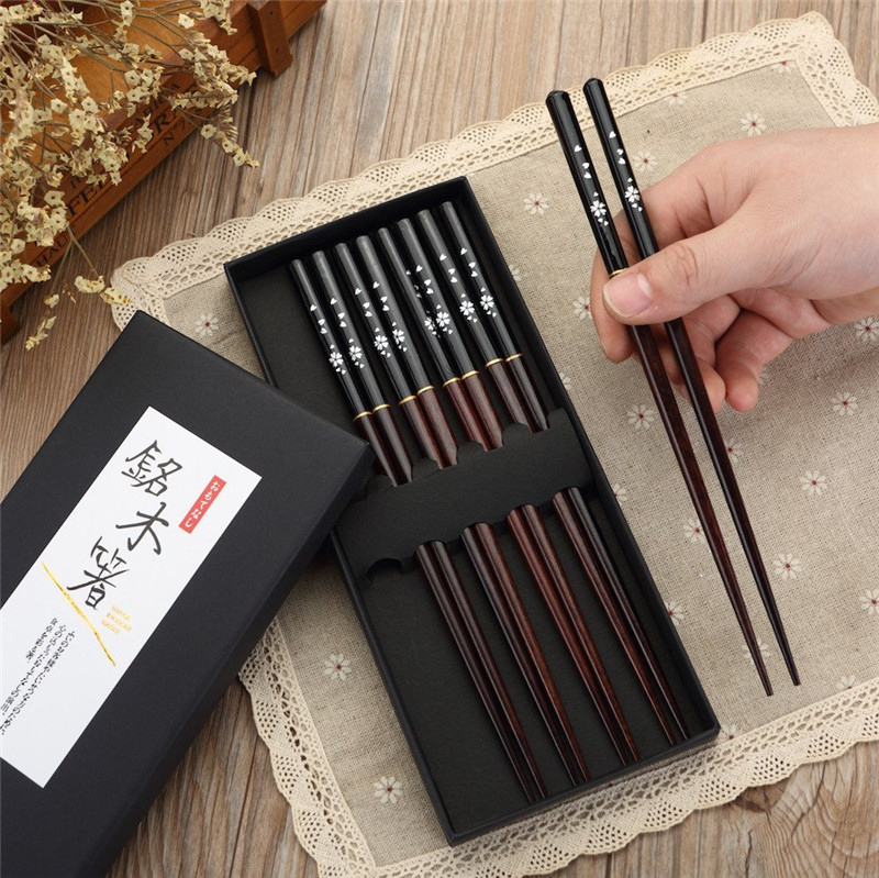 New 5 Pairs / Set Japanese Reusable <font><b>Chopsticks</b></font> Natural Wood ChopsticksTraditional Chinese Style Bamboo Restaurant Home Kitchen image