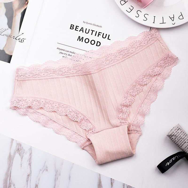 Famous Brand Womens Cotton Panties Female Lace Edge Breathable Briefs Sexy Underwear Women Cotton Crotch Lingerie Intimates