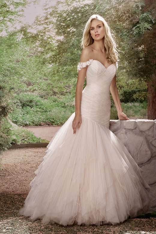 New Robe mariage 2017 Elegant V-Neck Court Train Mermaid Wedding dress Plus size Cap Sleeve Pleat Wedding Gown Vestido de novia