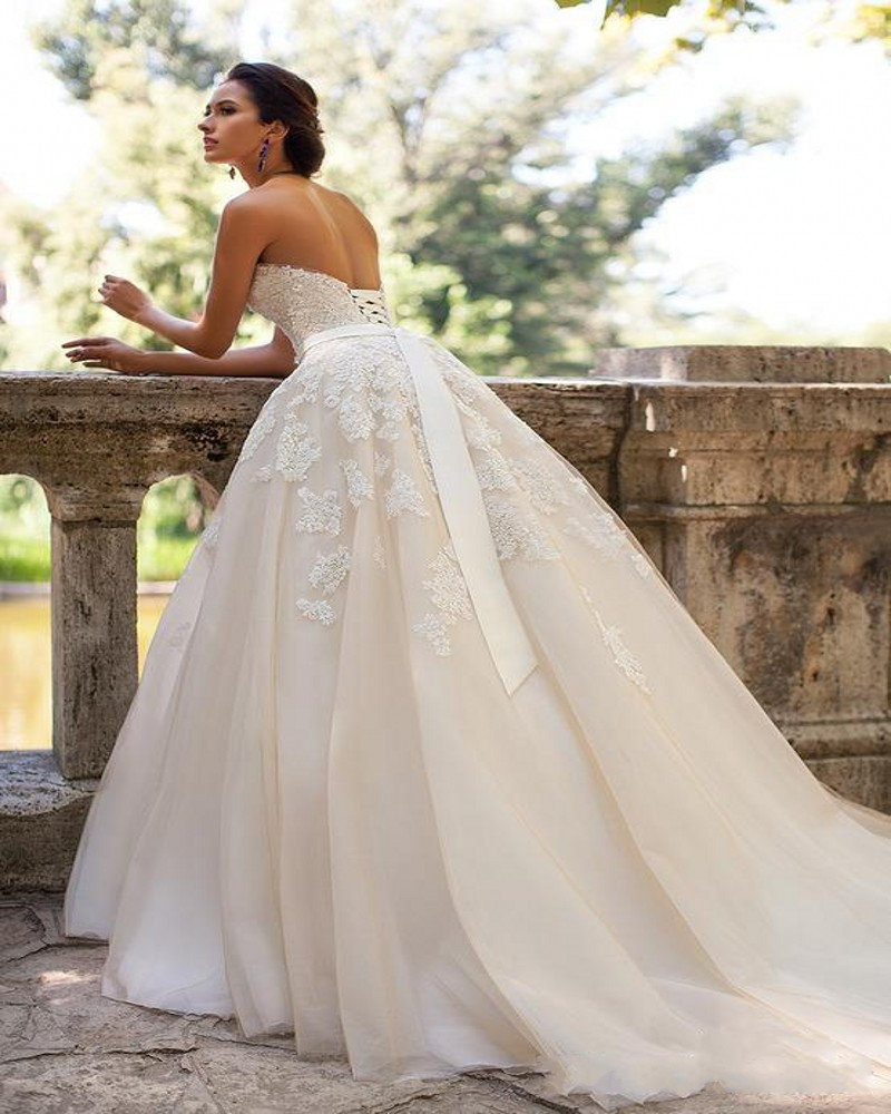 Plus size maternity wedding dress vosoi online get cheap lace maternity wedding gowns aliexpress ombrellifo Gallery