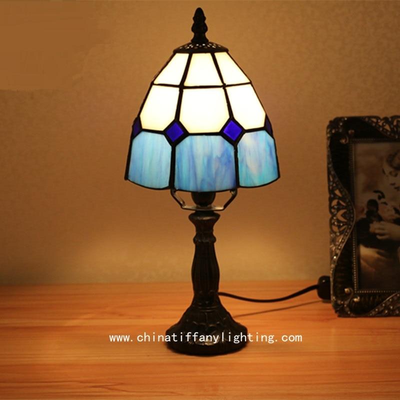 ФОТО Tiffany is the brand Mediterranean European style modern minimalist bedroom bedside light warm small desk decoration Table Lamps