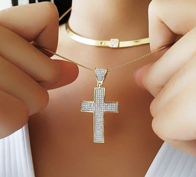 2019 New Arrival Copper Material Bling CZ Cross Necklace For Women Jewelry Cubic Zirconia Golden Color Chain Pendant Necklace