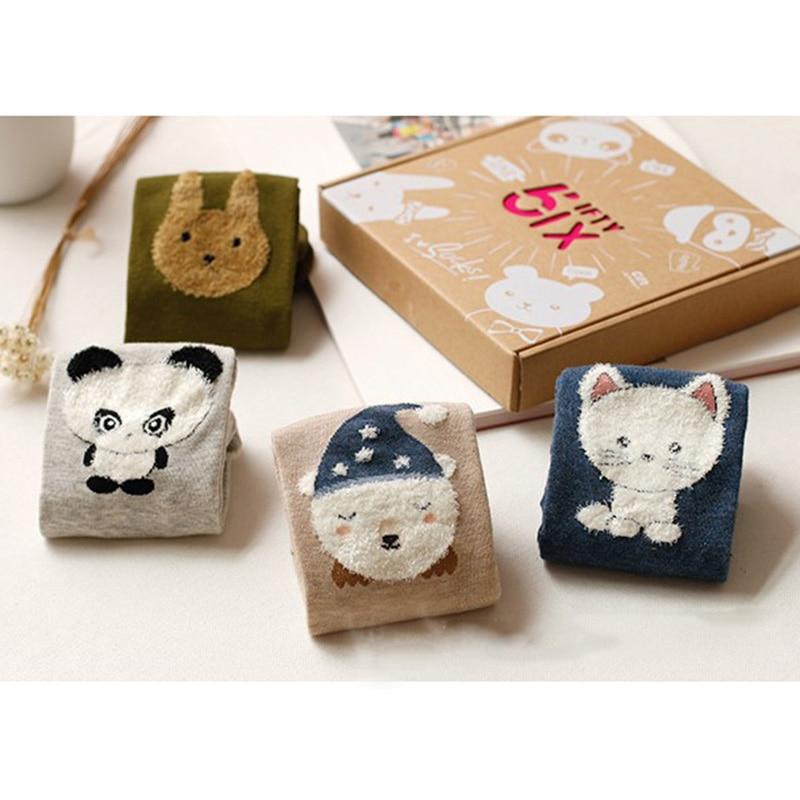 0638f5556a2dd 4 Paires de Bande Dessinée Chaussettes Femmes Mignon Animal Panda Ours  Lapin Cat Belle Dentelle Patchwork Chaussettes D'hiver De Mode Chaud Coton  ...