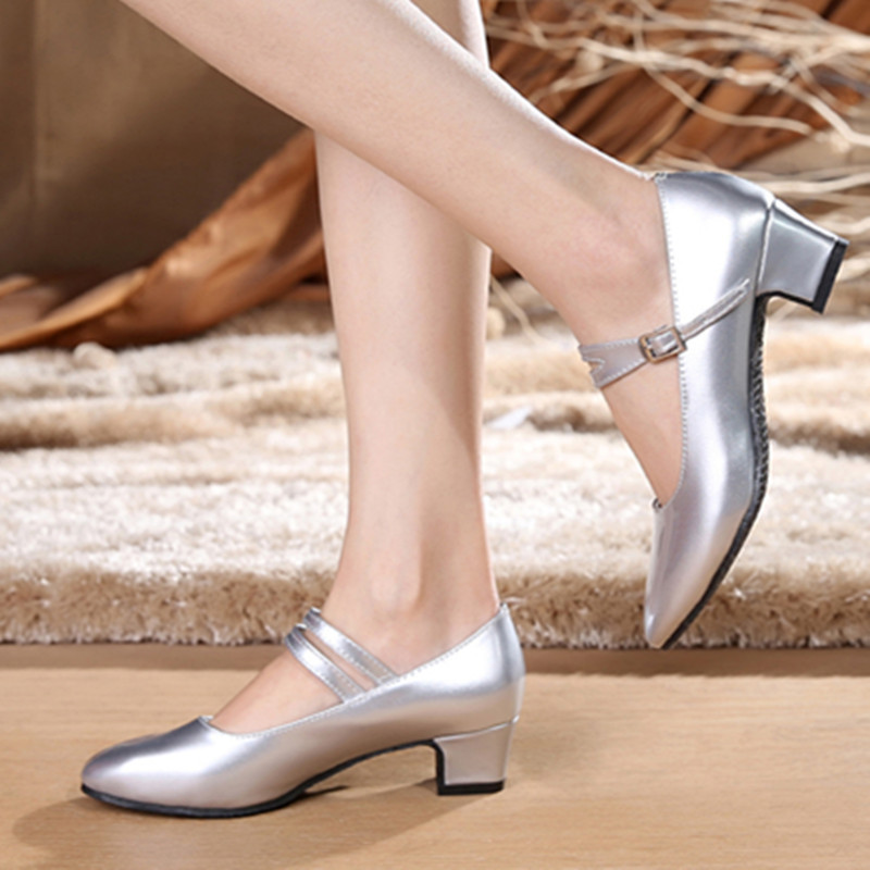Ladies dancing shoes in summer with low silver white rubber soled high heeled shoes Latin shoes casual women shoes