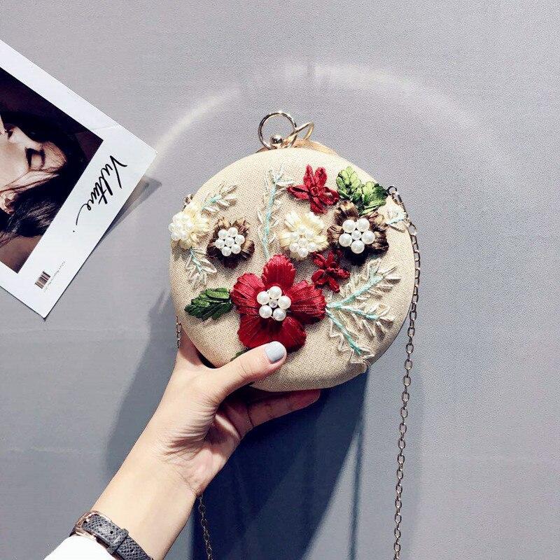 2018 New-designed Korean Hand Embroidered Handbag, Round Mini Flower Chain Banquet Bag Handbag Shoulder Diagonal Ball Bag