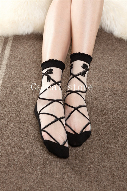 Ultrathin Butterfly Transparent Beautiful Crystal Lace Fashion Elegant Elastic Short Socks 1 Pair
