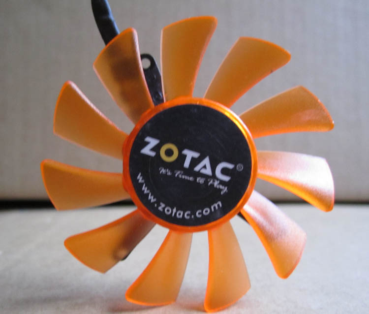 FOR ZOTAC 6010 PLD06010B12HH 0.4A diameter 55mm special hole pitch 32 * 39 * 43 graphics card cooling fan 4pin mgt8012yr w20 graphics card fan vga cooler for xfx gts250 gs 250x ydf5 gts260 video card cooling