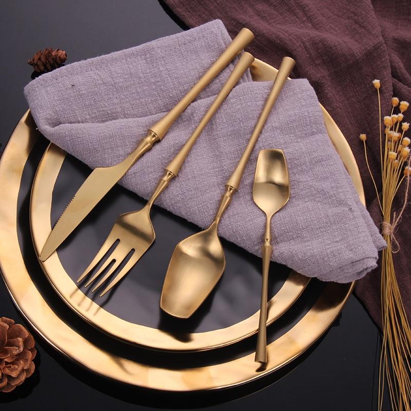 2019 Cutlery Set 24 Piece Set Drop Shipping Forks Knives Spoons Dinnerware Set Tableware Portable Golden Cutlery Set Silverware
