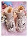 2015 mujeres del cuero genuino botas Hello Kitty Rhinestone Pink Pearl botas de nieve de gran tamaño mujer zapatos de invierno 42 43