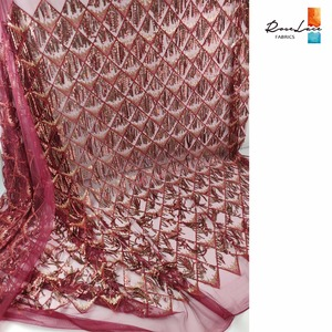 Image 3 - 3D Tassel Sequined Mesh Tulle Net Lace Fabric 2019 Latest Design New Nigerian Embroidery Sequns Net Wedding Dress Laces Mateiral