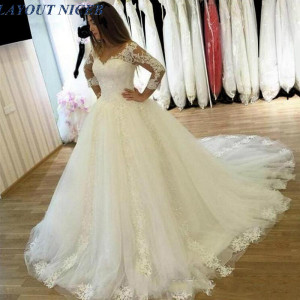 Hot Sale V-neck Long Sleeve Ball Gown Wedding Dress Appliques Court Train Lace up Back Bridal Gowns Princess Bride Gown