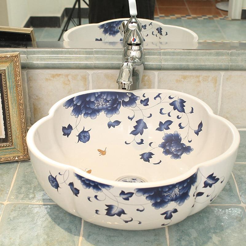 Blue and white hot sale flower Shape porcelain basin for washing hands hot sale cayler