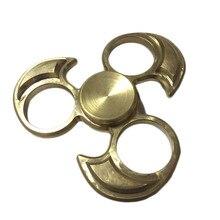 ค้างคาวรูปร่างมือปั่นEDCผสมเซรามิกแบริ่งTri-s Pinner Fidgetsของขวัญของเล่นสำหรับออทิสติกและสมาธิสั้นให้มือยุ่งทองสี