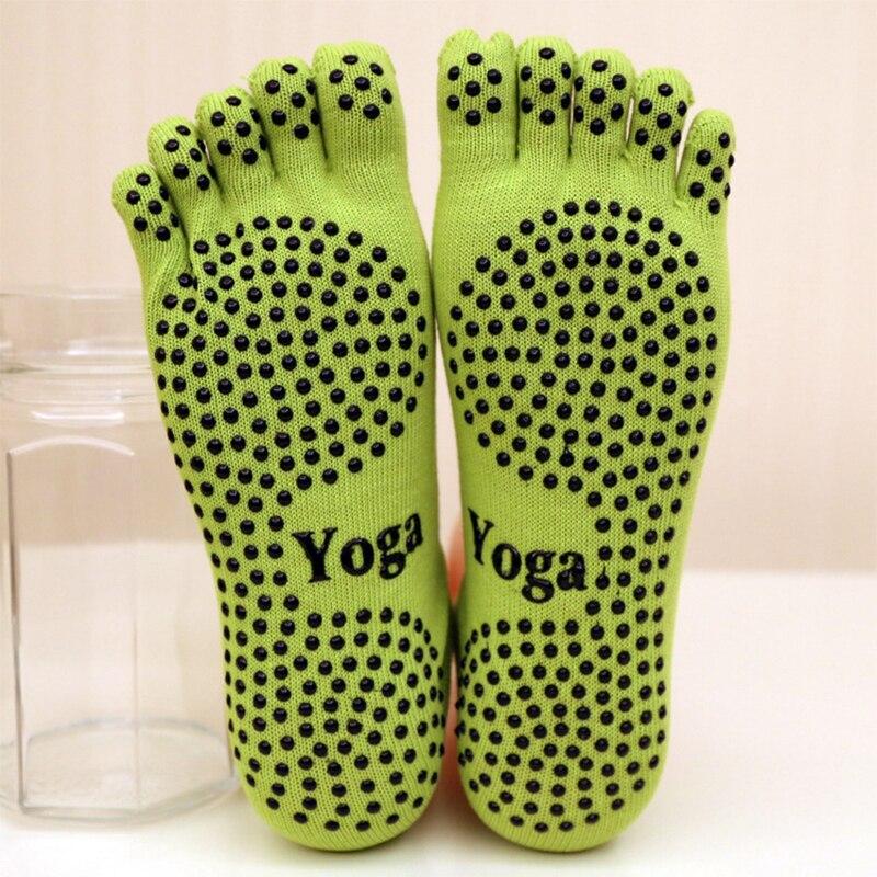 Women Yoga Socks Ladies Sport Pilates Socks Ballet Dance Socks Five fingers silicone dots non-slip Socks Newest good price non slip toeless yoga socks with grip for women