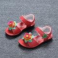 J Ghee Nuevas Muchachas Del Verano Zapatos de Cuero Genuino Colorido de Flores niños Zapatos de Los Niños Zapatos de la Playa de 3 Colores de LA UE 25-36 Suave princesa