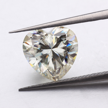 Moissanites Diamond IJ Color Moissanites 6*6mm Heart Shape Brilliant Cut Moissanites Stone for Jewelry Making