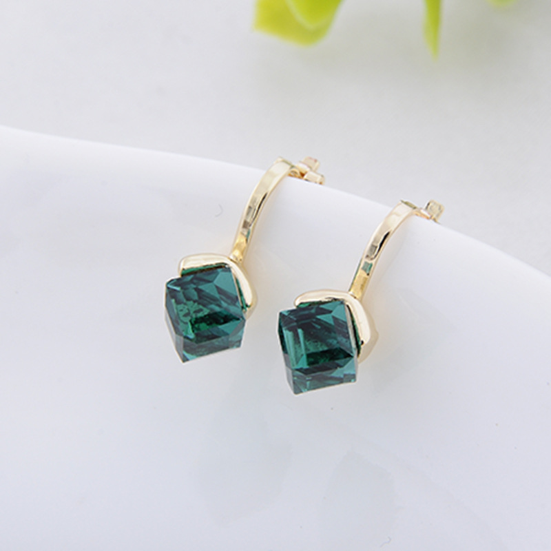 Elegant Green No Ear Hole Earrings Clips Earrings Square Ear Clip Jewelry Earrings