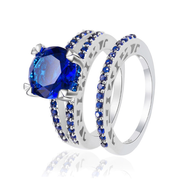 Exquisite A Pair Of Rings For Lovers Hollow Silver Plated Full Blue Crystal Rhinestone Rings Jewelry For Wedding Engagement
