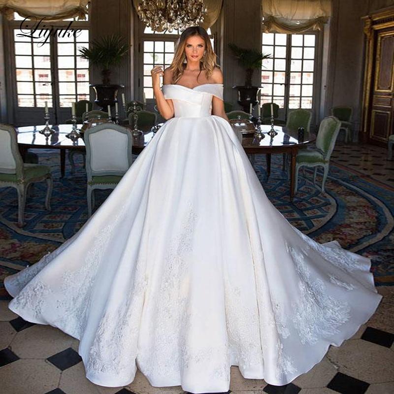 Liyuke Boat Neckline Luxury Ball-Gown Wedding Dress Satin Fabrics Elegant Princess Wedding Gown