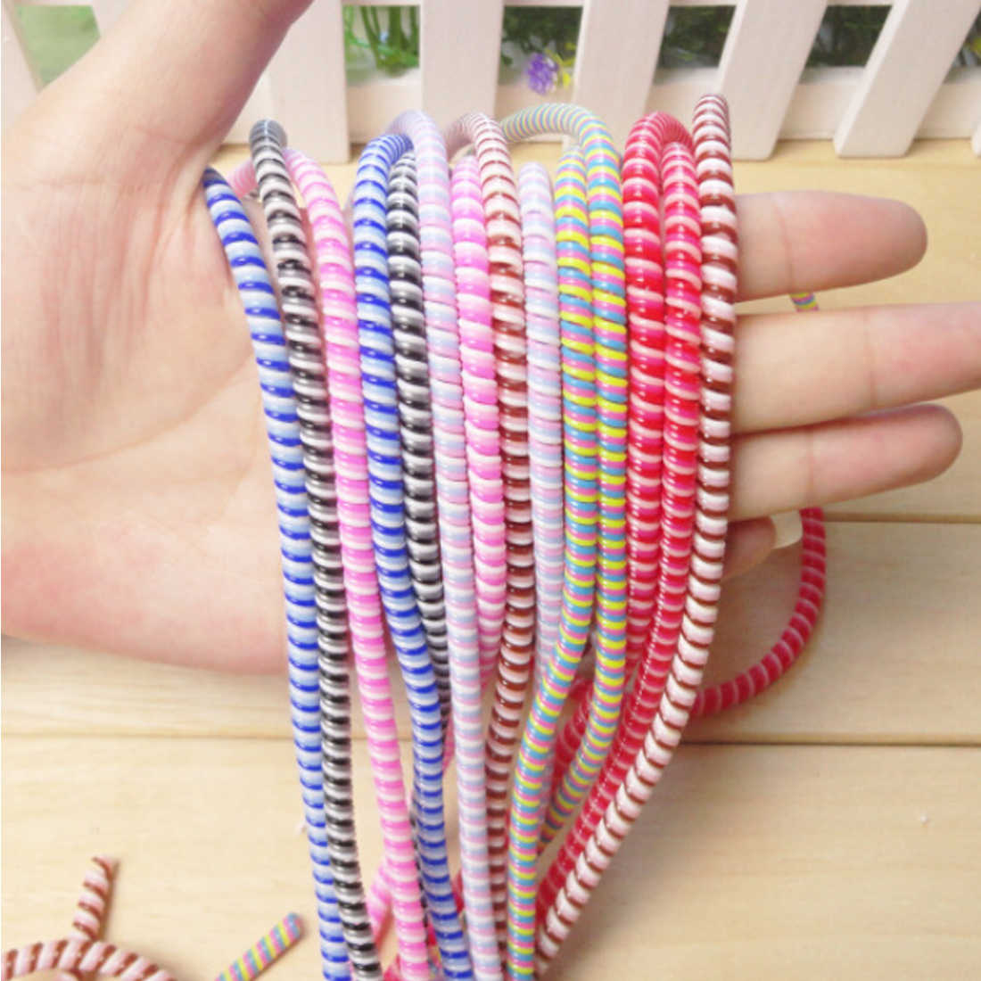 1.5M Solid Colorful TPU Spiral USB Charger Cable Cord Protector Wrap Cable Winder for Iphone Samsung S10 Note 9 10 Data Cable