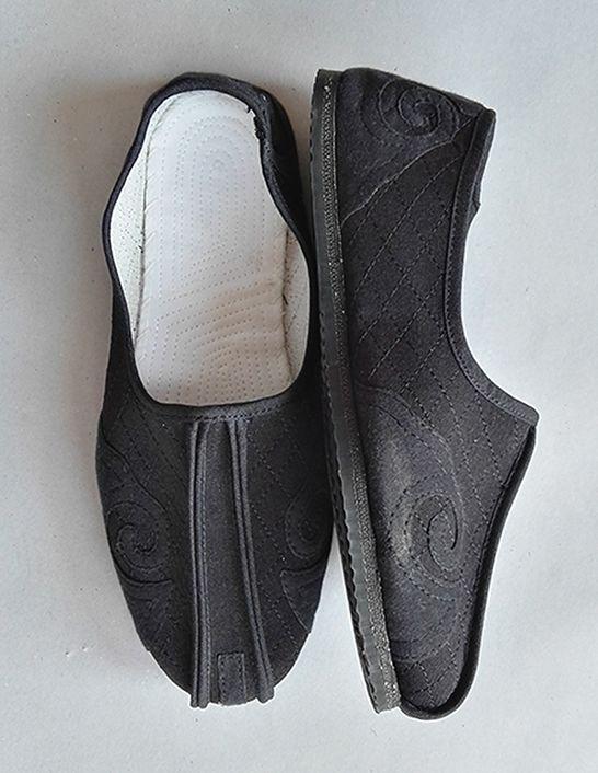 Classic Daoist Monk Shoes 2