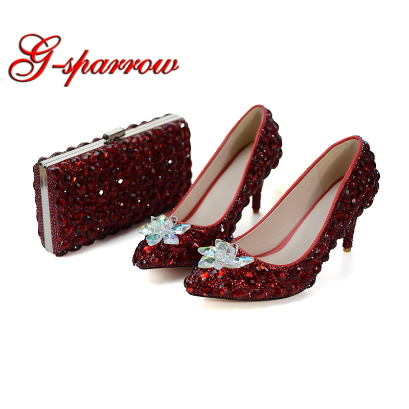 Red Wine Color Wedding Party Shoes LUxurious Rhinestone Bridesmaid Shoes with Matching Bag Pointed Toe Cinderella Prom Heels 8cm mrs win high heels shoes women pointed toe fine rhinestone sequins glass bridesmaid wedding shoes cinderella crystal glass shoes