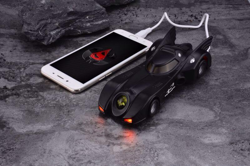 Smart Charger 1/6 Movie Masterpiece MMS 170 Batman 1989 89 Batmobile Bat Mobile power 10000mah for iphone Samsung Huawei xiaomi