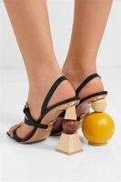 Геометрический два Вид каблук Для женщин мяч насосы Jacquemus Три ремешка мяч каблук Летние женские босоножки без задника Босоножки Для женщин