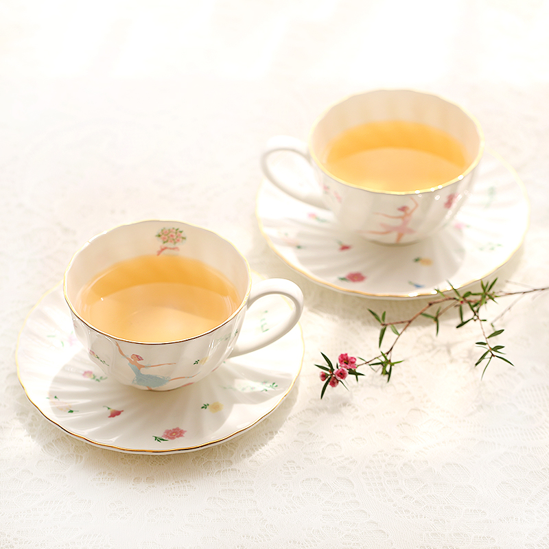 Elegant Bone China <font><b>Coffee</b></font> Tea <font><b>Cup</b></font> and Saucer <font><b>Set</b></font> Black Tea <font><b>Coffee</b></font> <font><b>Cup</b></font> <font><b>Set</b></font> Porcelain Drinkware For <font><b>Coffee</b></font> Drink High-grade Gift image