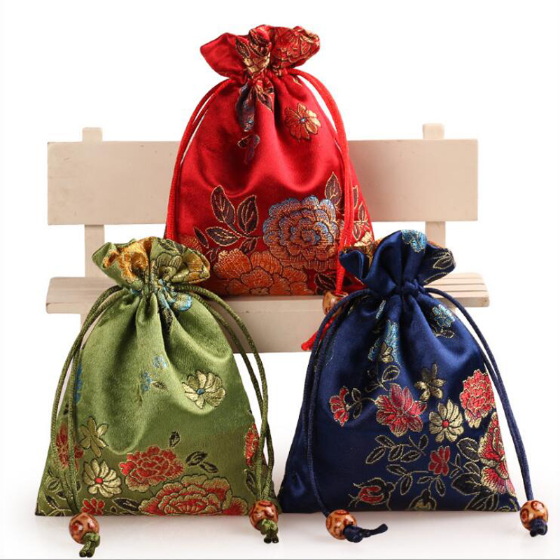 Chinese Silk Embroider Gift Pouch 11x14cm Jewelry Pouch Mixed Nobility Wedding Candy bag Christmas Party Favors