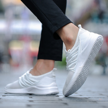 2019 new ultra light summer breathable mens shoes knit mesh sports flat thin paragraph wild
