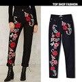 Características de color 3D bordado tridimensional rosas nuevas mujeres de moda los pantalones vaqueros flojos grandes populares pantalones rectos